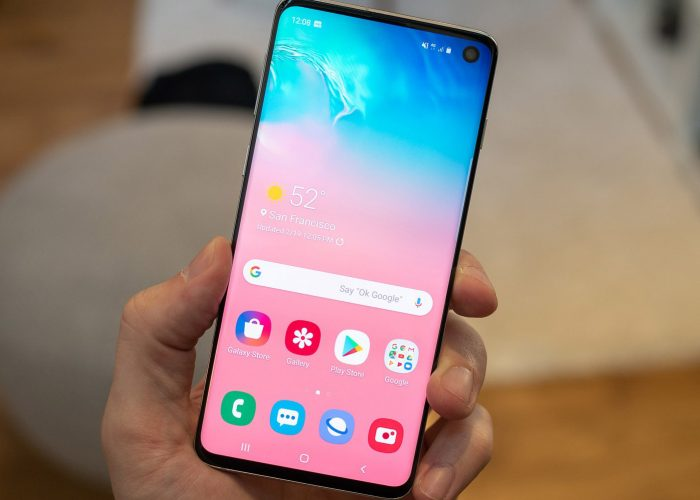 S10 in hand